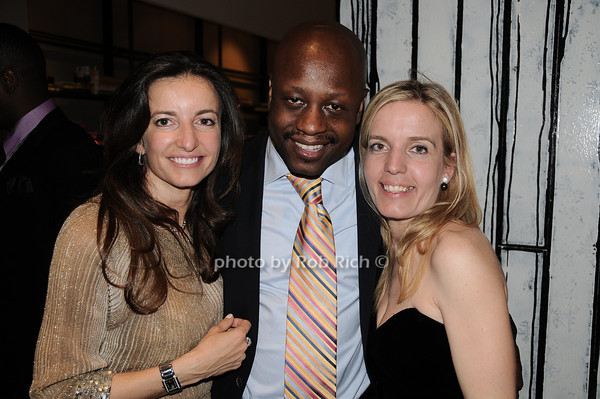 guest, Jerry Wonda, guest<br /> photo by Rob Rich © 2010 robwayne1@aol.com 516-676-3939