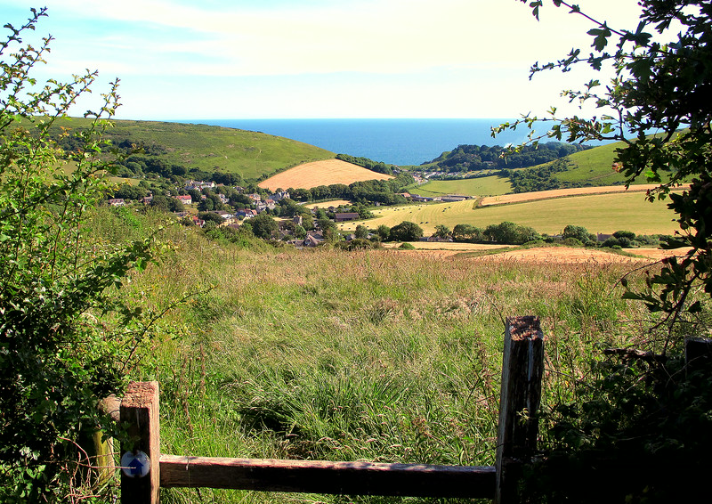 Having walked back along the relatively flat downland just inland from the cliffs, this is the view walking back down to Lulworth and the end of the walk.