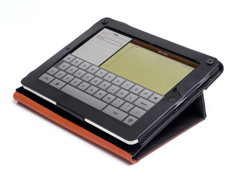 iPad_folio_brown_typing_HIGHRES