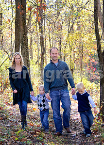 Fam in the Woods-