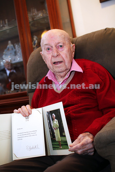 21-10-12. Celebrating his 100th birthday, Meitek Skovron shows his letter from the Queen. Photo: Peter Haskin