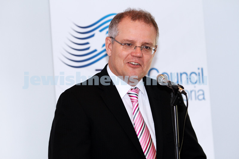 19-10-12. Shadow Minister for Immigration and Citizenship Scott Morrison speaking at Beth Weizmann Commmunity Centre. Photo: Peter Haskin