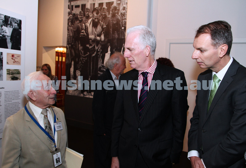 23-8-12. Victorian Minister for Education Martin Dixon (centre) visits the Holocaust Museum. Pictured with survivor Abe Goldberg (left) and Member for Caulfield David Southwick.  Photo: Peter Haskin