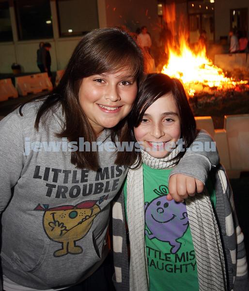 Bnai Akiva Lag B'omer celebrationa at Mizrachi. Zoe Finger (left), Tamar Gordon.  photo: peter haskin