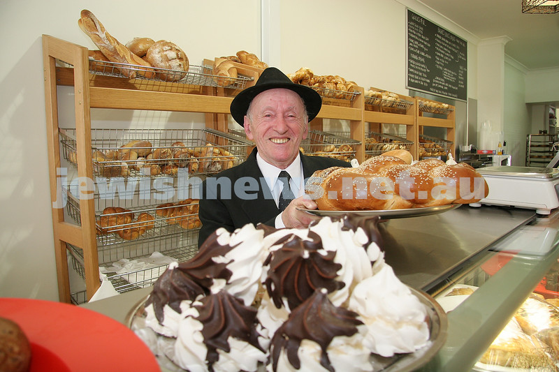 Mendel Glick at his newest shop in Glenhuntly Rd Elsternwick. 5-12-06. photo: peter haskin