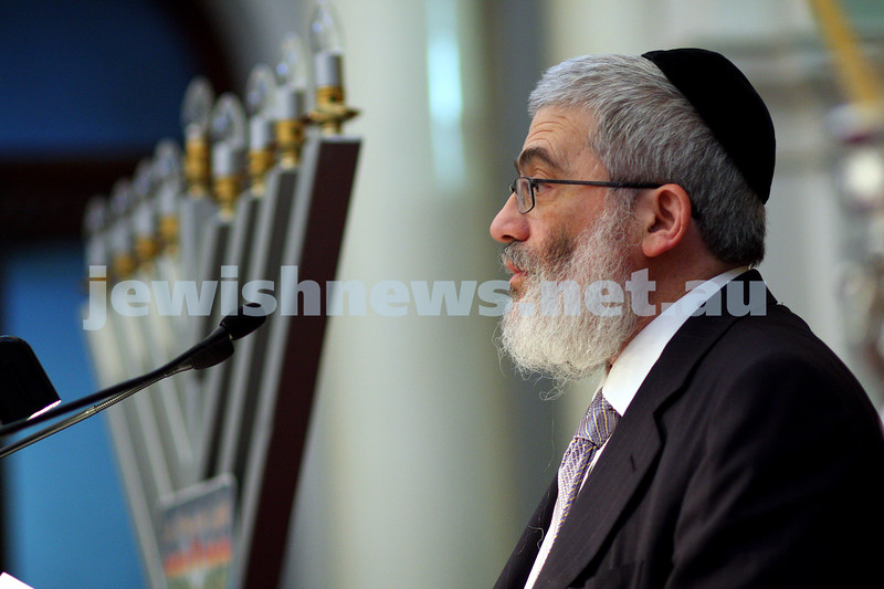 14/12/09. Chanukah at Parliament House Victoria. Rabbi Joseph Gutnick. photo: peter haskin