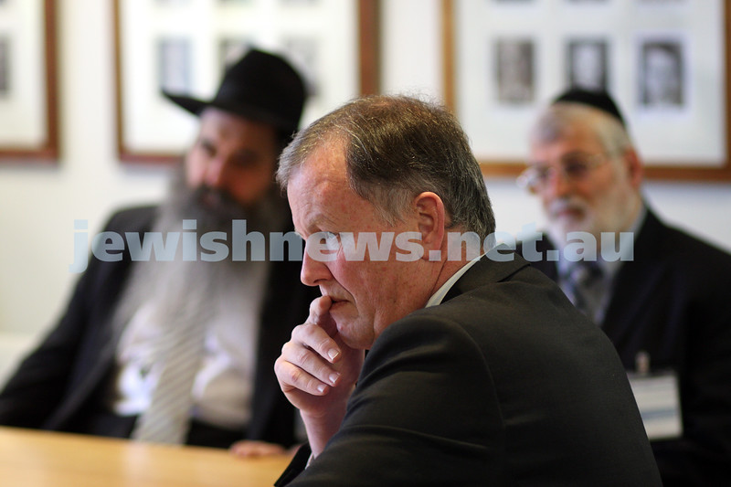 23/10/09. Deputy premier Rob Hulls meets with the Rabbinical Council of Vctoria. photo: peter haskin