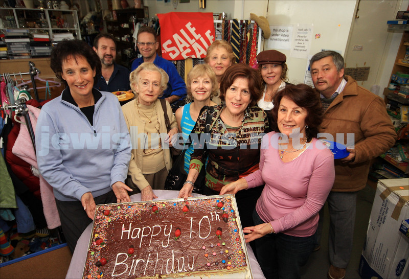 Posh Op Shop celebrate their 10th birthday. 18/8/09. Rosalie Silverstein (front right)  and her volunteer crew celebrate 10 years of the Posh Op Shop. photo: peter haskin
