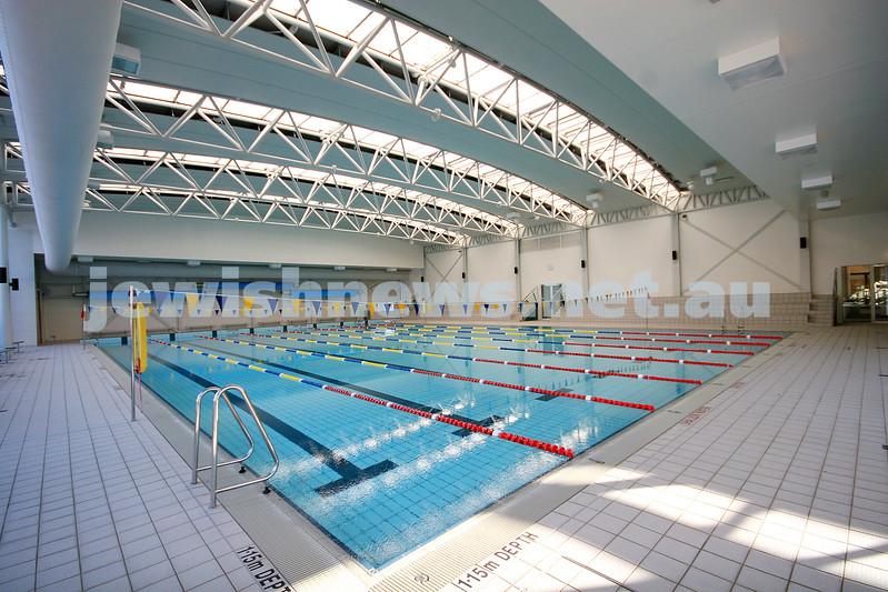 26/5/09. Bialik Coillege. Sports facilities. Pool. photo: peter haskin