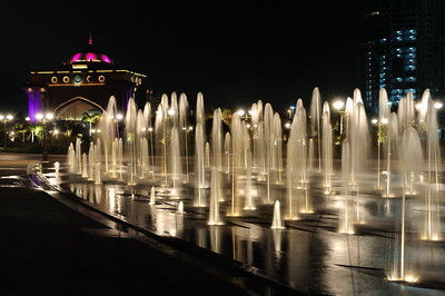 FOUNTAIN AT EMIRATES PALACE (ABU DHABI)