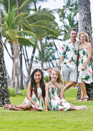 20101219Beach Portraits  Yard Family  PROOF7950