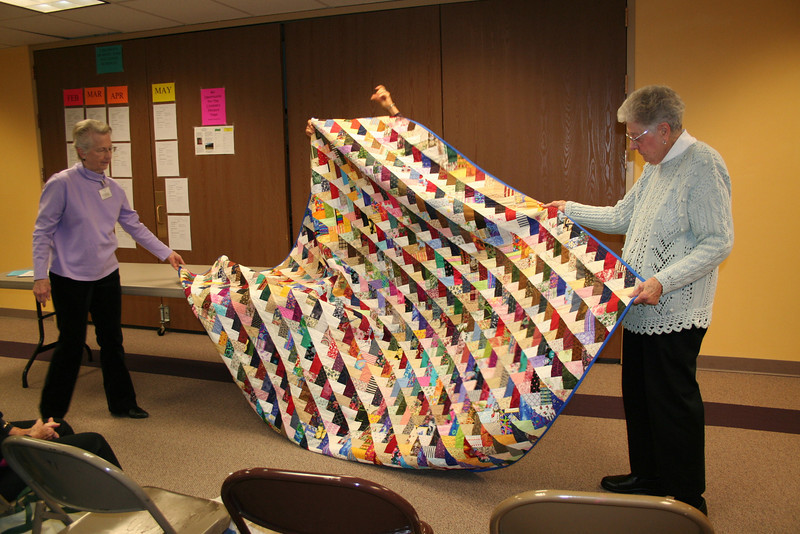 scrappy quilt that was Beautiful!!!