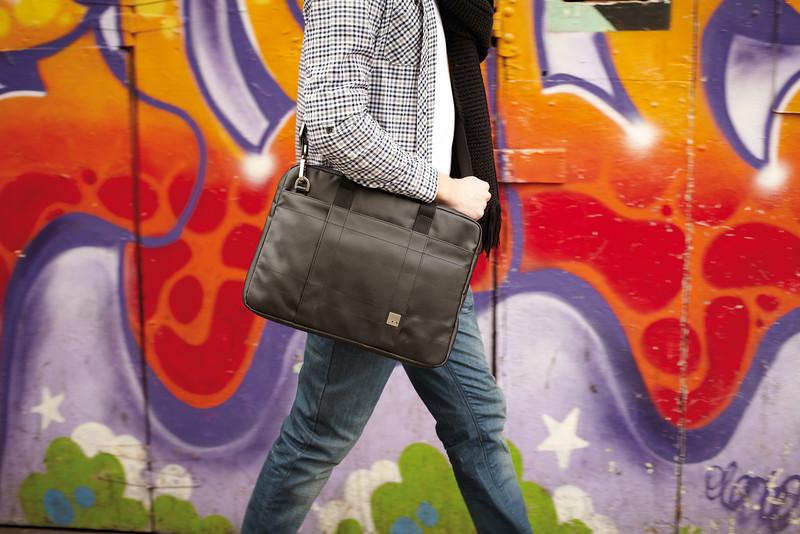 Lincoln_15_greymatte_model_graffitiwall_highres