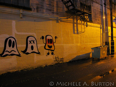 Night - Graffiti in an Aberdeen Alley