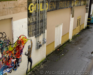 Golden Rule - Graffiti in an Aberdeen Alley