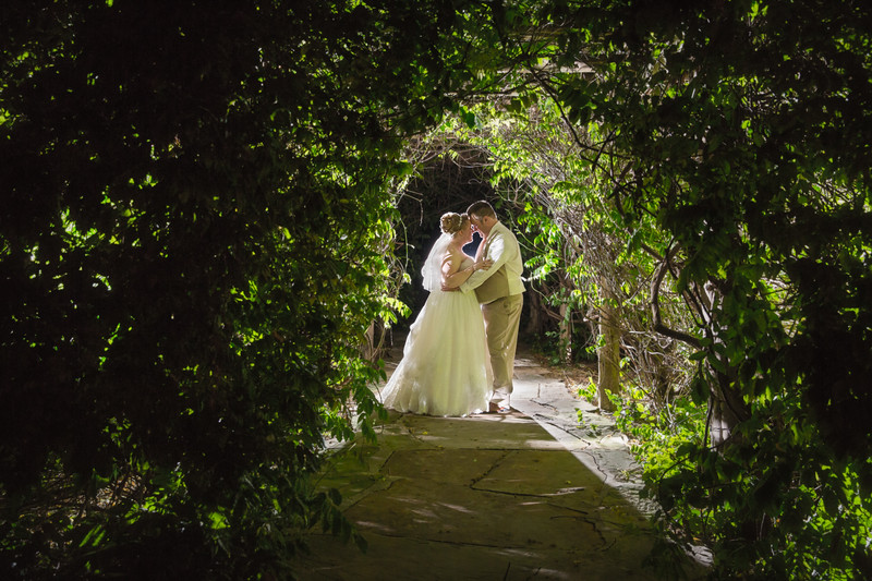 Cedar Lake Cellars wedding May