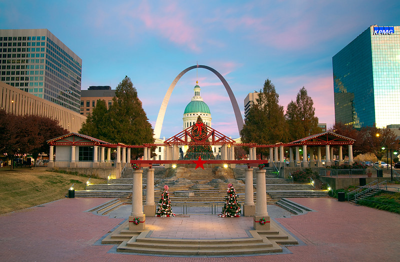 St. Louis is in the holiday spirit. This marks one year of posting in this gallery!