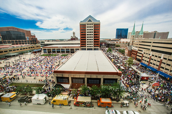 Accent Indy takes over Georgia Street & Pan AM Plaza!
