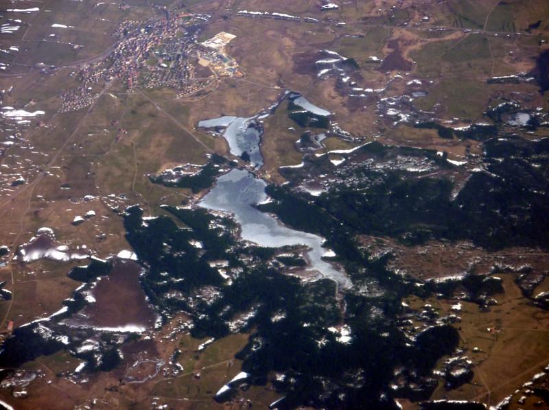 Etang de Frasne (big frozen lake), Ancienne Scierie de l'Etang (small frozen lake), Frasne