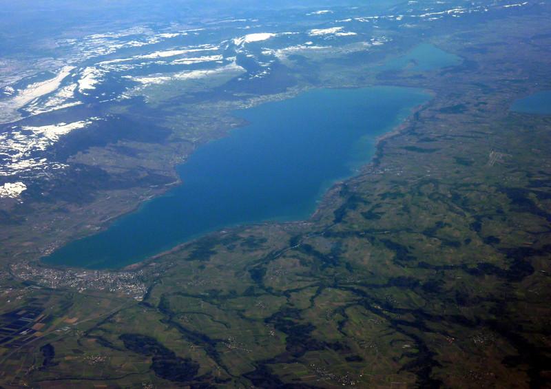 Lac de Neuchatel, Bieler See and Lac de Morat to the right