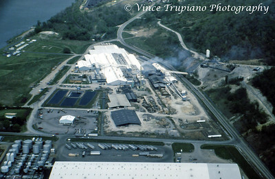 Globe Brick Company in Newell, WV - 1986