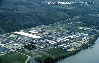 Quaker State Oil Refinery in Newell, WV - 1986