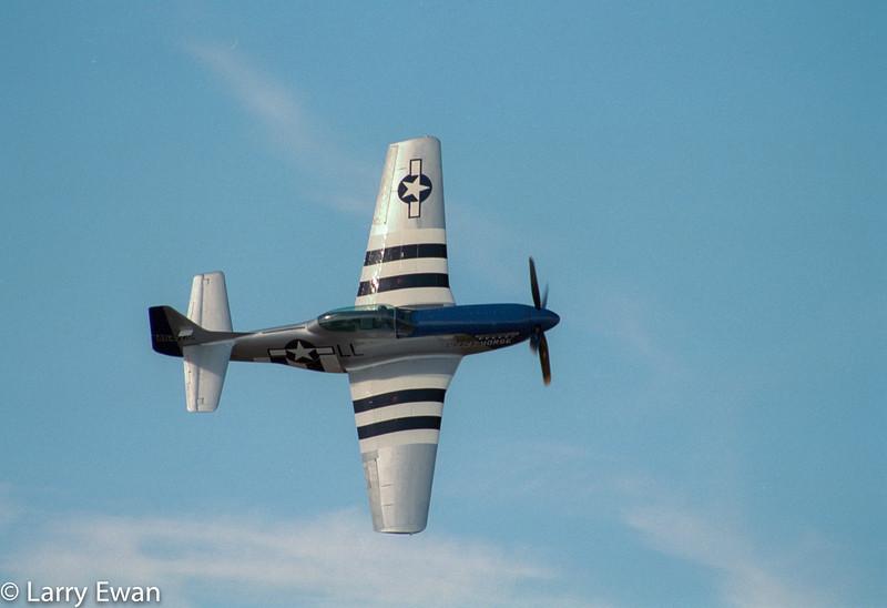 TF-51 Mustang - 2002 TICO Warbird Airshow<br /> Nikon F3, 200mm Micro Nikkor, Fujicolor 400