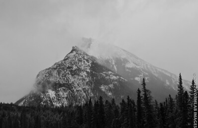 Rundle mount. What a difference a day makes, part 2...