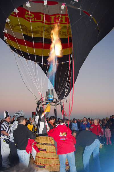 Firing up the balloon.