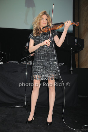 Miri Ben-Ari<br /> photo by Rob Rich © 2010 robwayne1@aol.com 516-676-3939