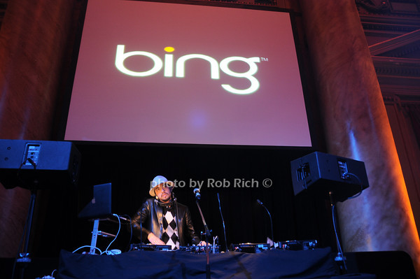 DJ Cassidy<br /> photo by Rob Rich © 2010 robwayne1@aol.com 516-676-3939