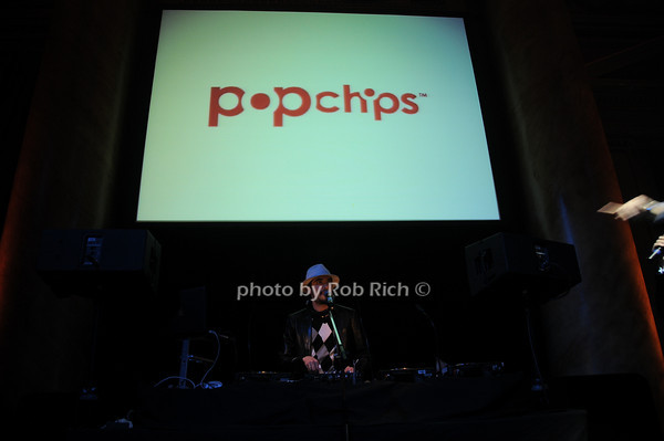 DJ Cassidy<br /> photo by Rob Rich © 2010 robwayne1@aol.com 516-676-3939