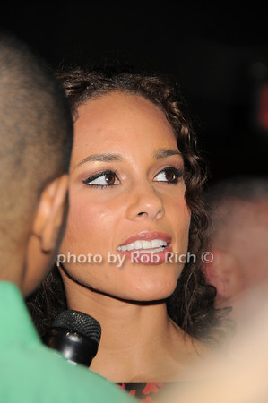 Alicia Keys <br /> photo by Rob Rich © 2010 robwayne1@aol.com 516-676-3939
