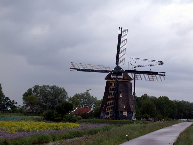 Windmill at Twuyverweg 1.