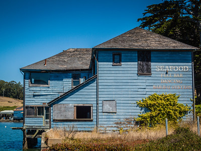A Seafood Shack along the highway North of San Francisco