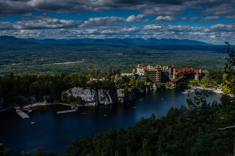 Took this photo from one of the cliff pathways down from Mohonk in New Paltz