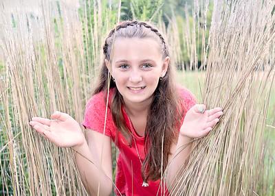 Grass Girl (1 of 1)-2
