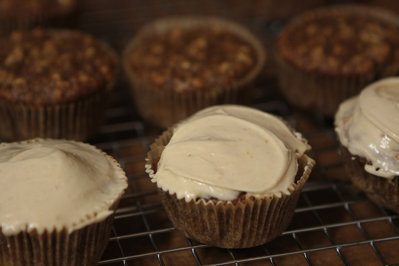 banana muffins with peanut butter frosting