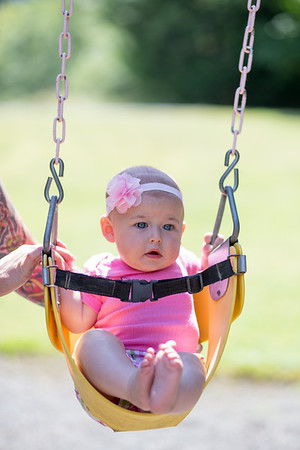 Alyssa 5 month old photos