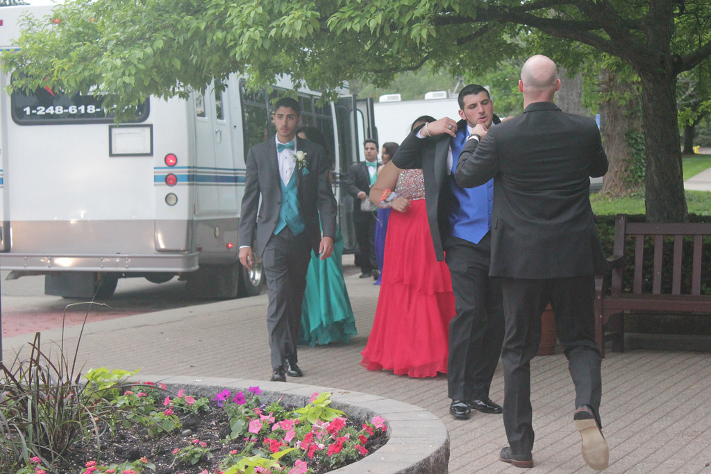 . Students arrive at North Farmington High School\'s prom at Dearborn Inn. Erin Hampton - Special to The Oakland Press