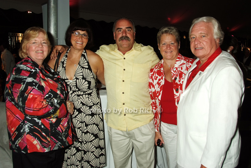 Diane Amarosa, guests, The Millers<br /> photo by Rob Rich © 2008 516-676-3939 robwayne1@aol.com