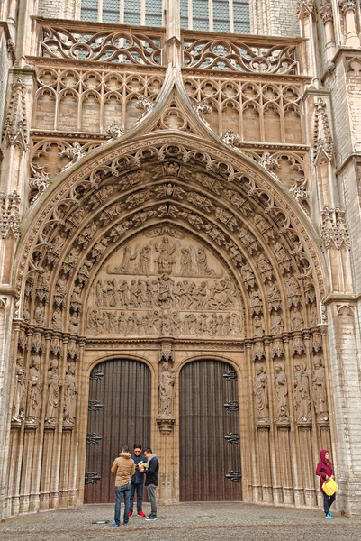 Door to Da Kathedral of Our Lady, completed in 1521 AD.