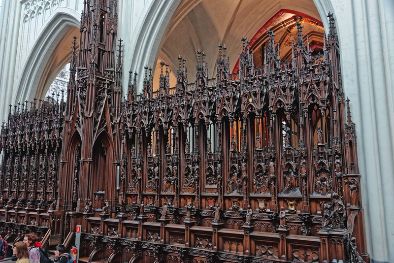 Choir seating Da Kathedral of Our Lady.