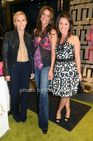 Tory Burch, Kara Young, Alina Cho<br /> photo by Rob Rich © 2009 robwayne1@aol.com 516-676-3939