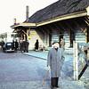 1958 (?) - Station Beverwijk met opa Brand.