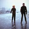 1959 Ria en Piet op het ijs 8 februari '59.