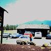 1985 20 Fred en ik met een huurauto onderweg van Phoenix naar de Grand Canyon.
