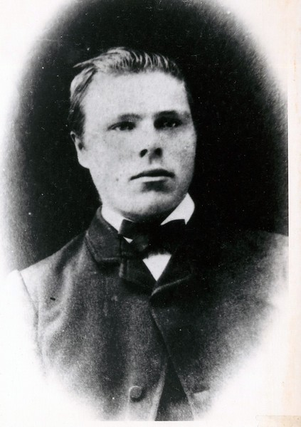 Andrew Anderson   ---   died 1927<br /> - Fred's Father -- Jeanne's Grandfather.
