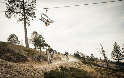 The chase Riders John and Lee play a game of cat and mouse on the Maxiavalanche at Vallnord