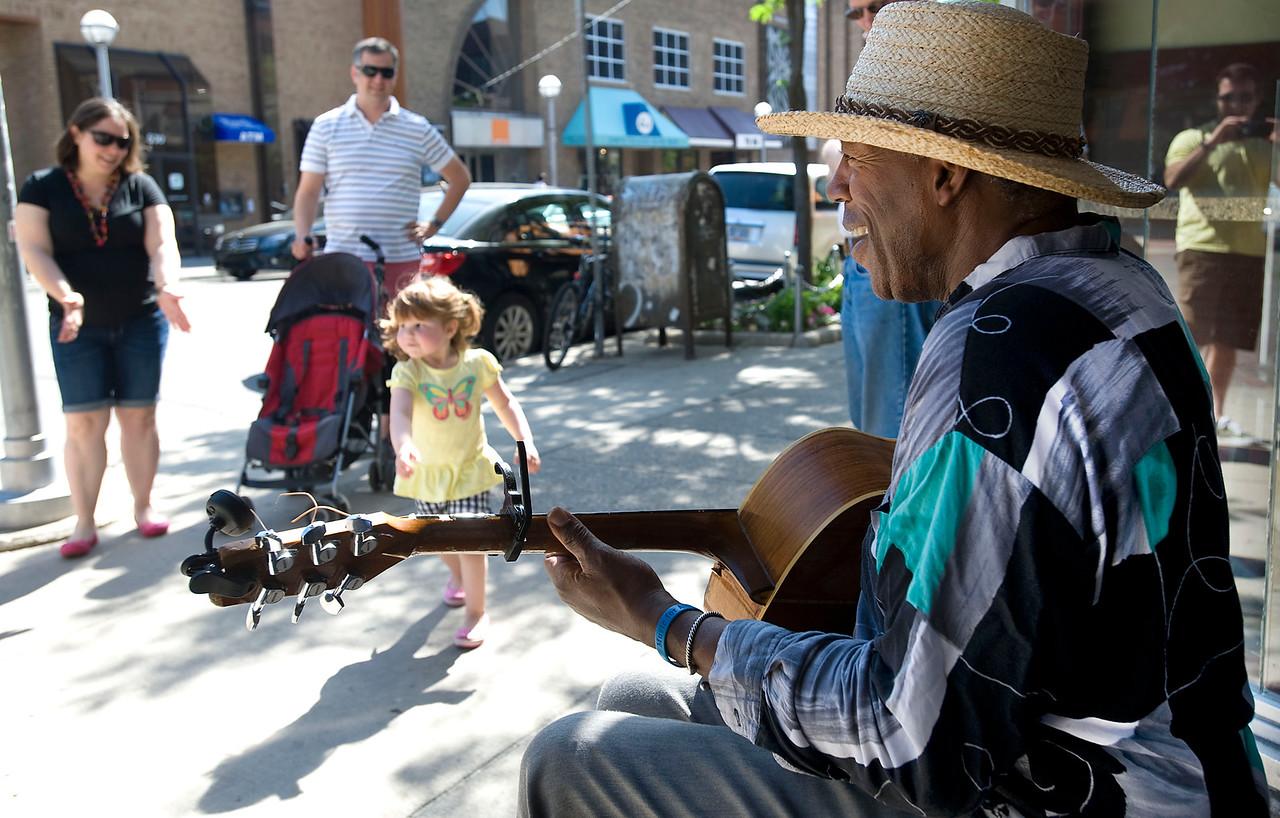 Blues Man Plays in Ann Arbor